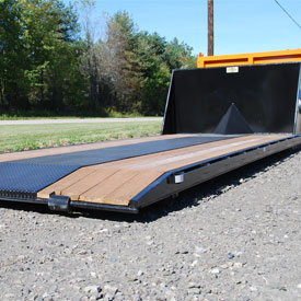 roll off hooklift flatbed with wood track
