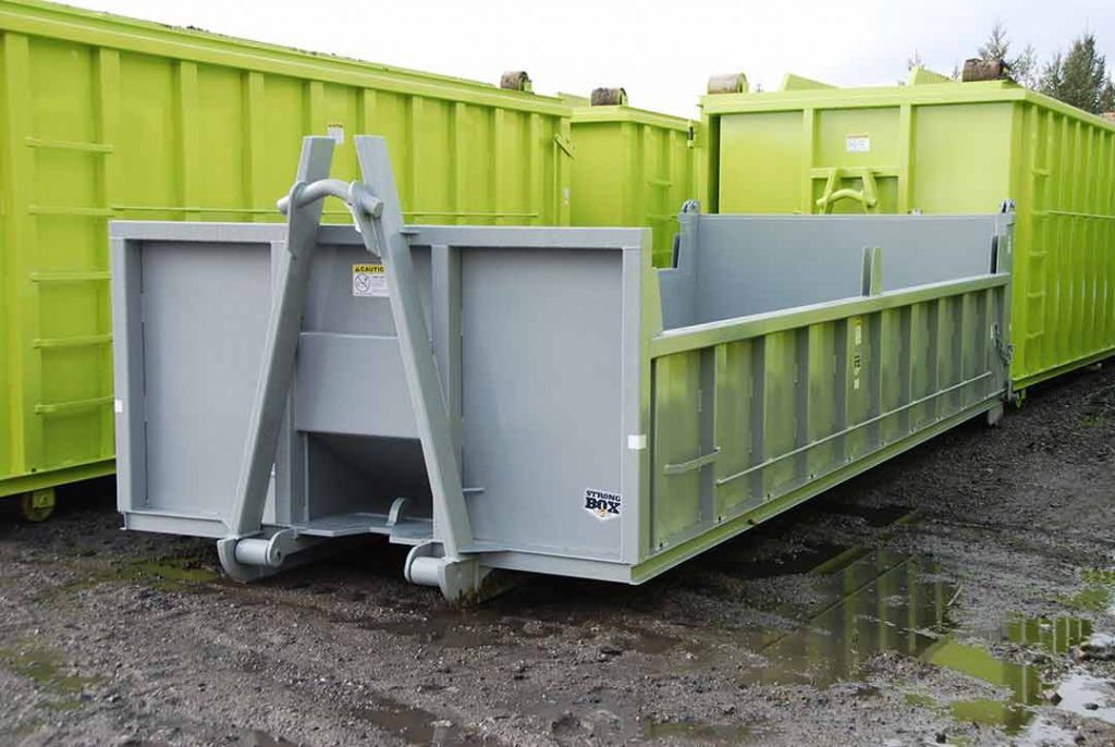 Dump body roll-off container with a cable and hooklift combo hookup